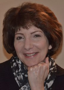 headshot of author Randi Lynn Mrvos